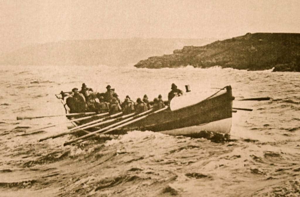 a pilot gig lifeboat