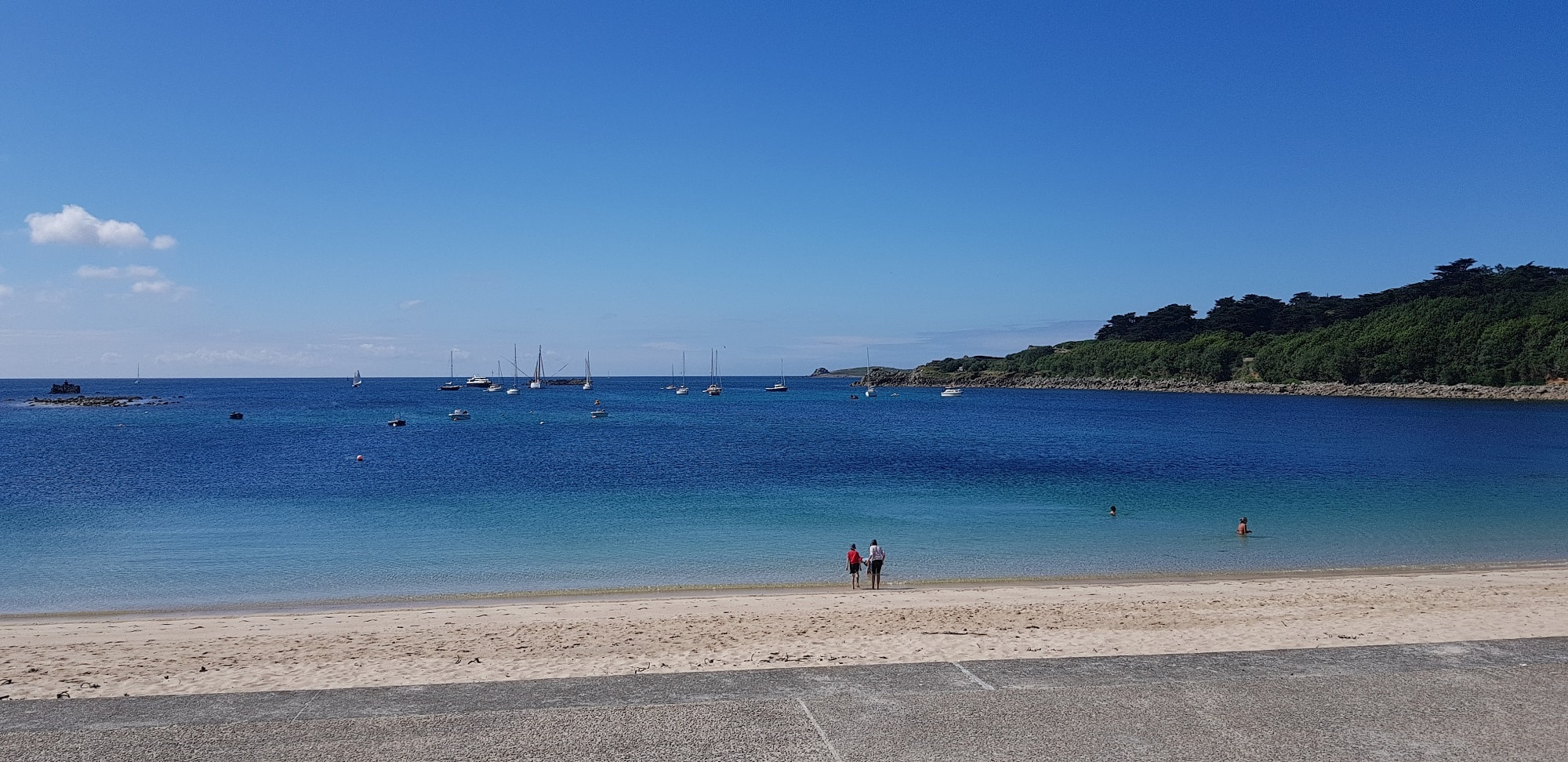 Things to do on St Mary's - Fish and Chips on Porthcressa Beach